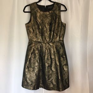NWT gold cocktail party dress Romeo & Juliet M